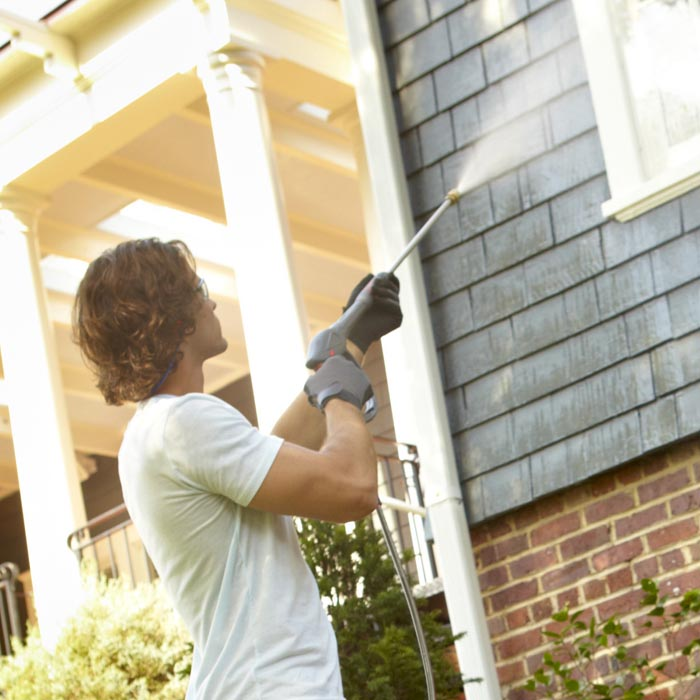 Residential Pressure Washer on Siding